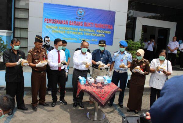 BNNP DIY Musnahkan Shabu 5 Kg Hasil Sitaan dari Bandara